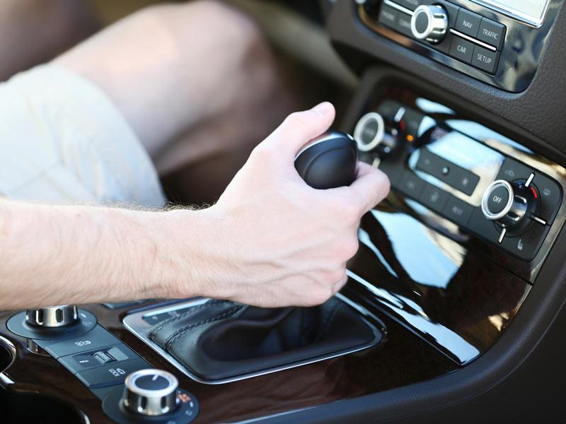 Cómo usar correctamente la caja de cambios de tu auto? - Autobacks
